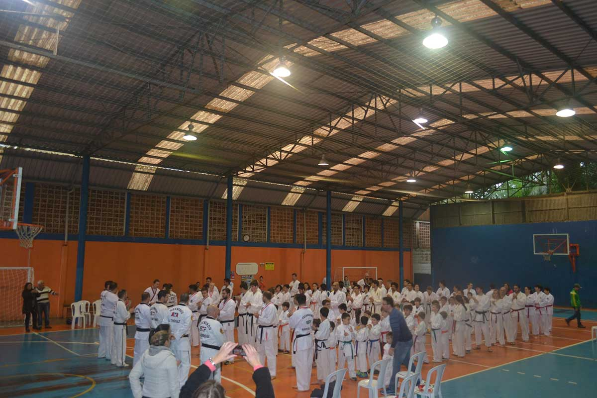 "Copa Barreto Taekwondo 2016  - <i class=""fa fa-download""></i> <a href=""../images/galeria/copa_barreto_2016/foto_1.jpg"" target=""_blank"" download>Download</a>"