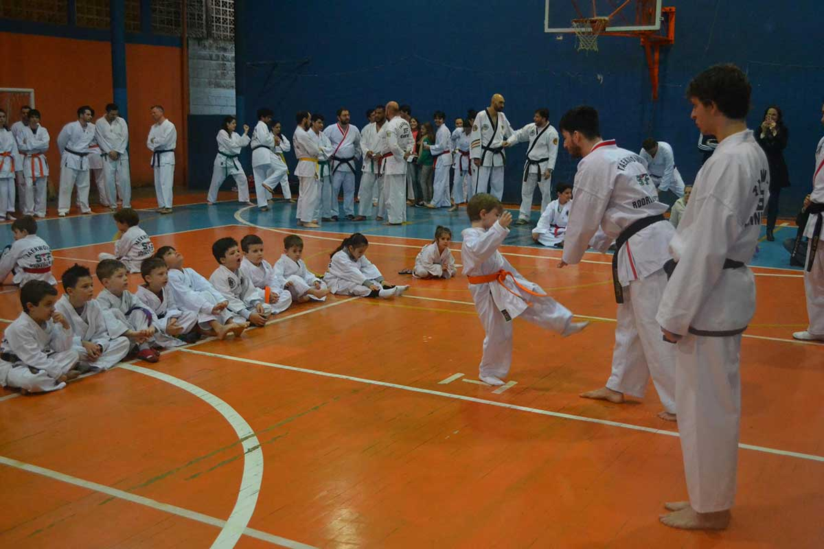 "Copa Barreto Taekwondo 2016  - <i class=""fa fa-download""></i> <a href=""../images/galeria/copa_barreto_2016/foto_20.jpg"" target=""_blank"" download>Download</a>"