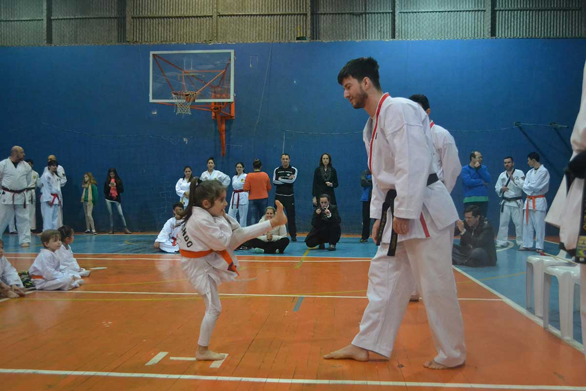 "Copa Barreto Taekwondo 2016  - <i class=""fa fa-download""></i> <a href=""../images/galeria/copa_barreto_2016/foto_40.jpg"" target=""_blank"" download>Download</a>"