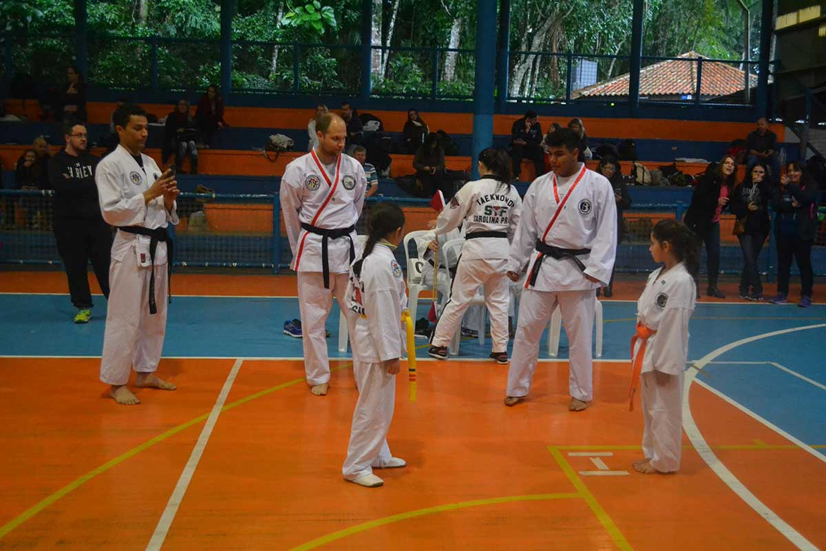 "Copa Barreto Taekwondo 2016  - <i class=""fa fa-download""></i> <a href=""../images/galeria/copa_barreto_2016/foto_50.jpg"" target=""_blank"" download>Download</a>"