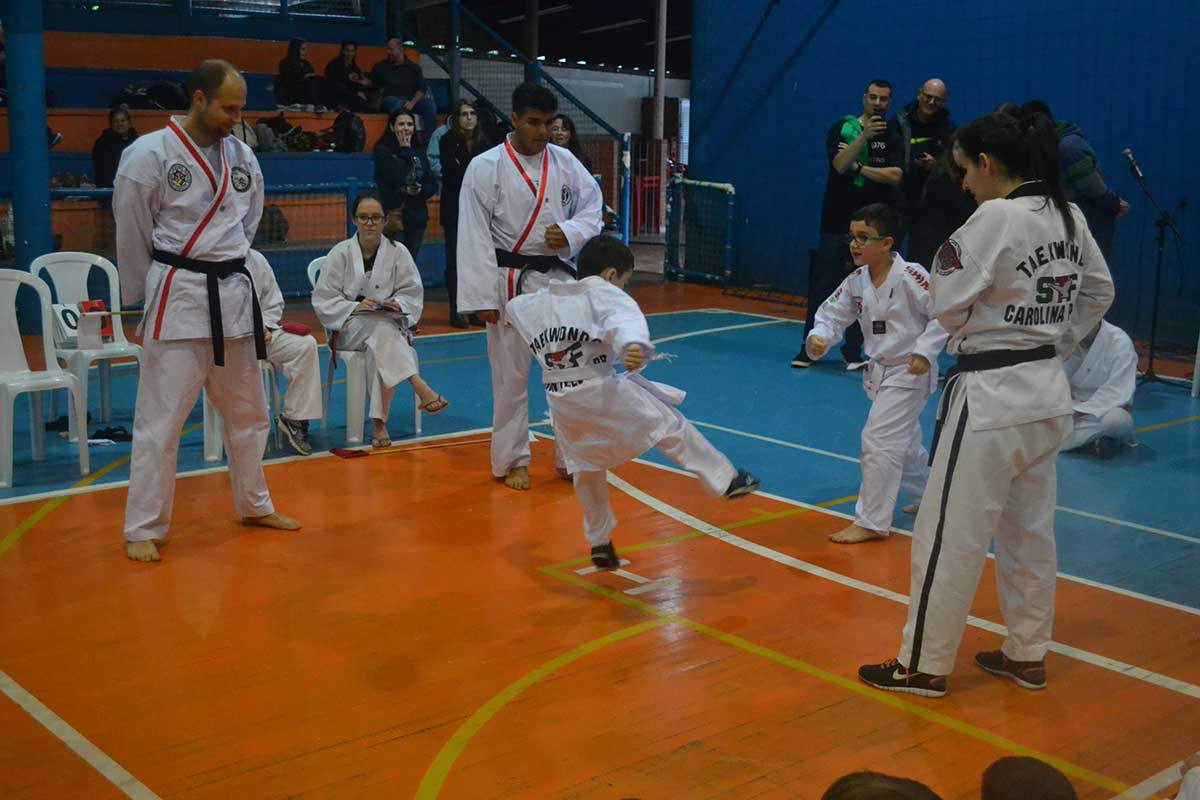 "Copa Barreto Taekwondo 2016  - <i class=""fa fa-download""></i> <a href=""../images/galeria/copa_barreto_2016/foto_57.jpg"" target=""_blank"" download>Download</a>"