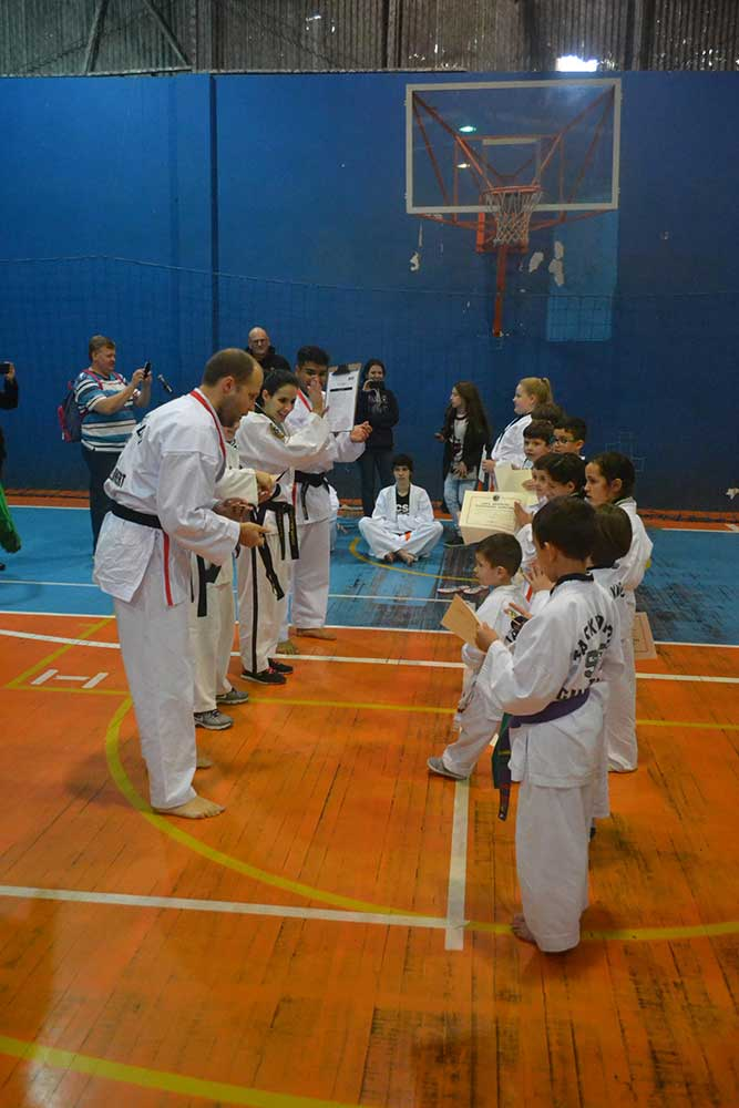 "Copa Barreto Taekwondo 2016  - <i class=""fa fa-download""></i> <a href=""../images/galeria/copa_barreto_2016/foto_64.jpg"" target=""_blank"" download>Download</a>"