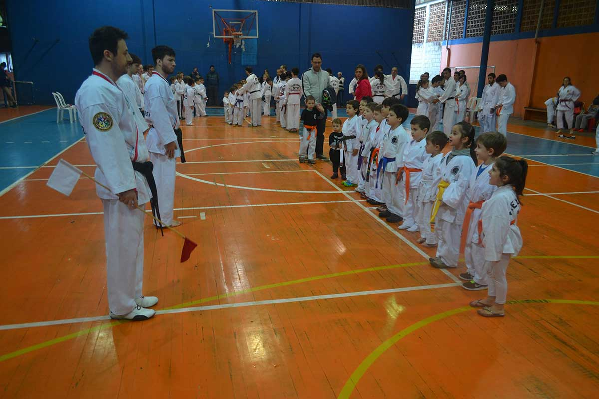 "Copa Barreto Taekwondo 2016  - <i class=""fa fa-download""></i> <a href=""../images/galeria/copa_barreto_2016/foto_7.jpg"" target=""_blank"" download>Download</a>"